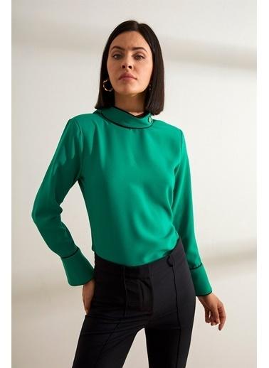 Setre Fuşya Bağcık Yaka Uzun Kol Kontrast Biyeli Bluz Yeşil